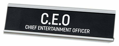 Stona dekoracija - Chief Entertainment Officer