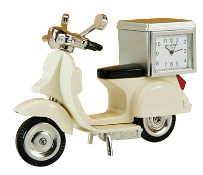 Stoni sat - Cream Scooter with Back Box