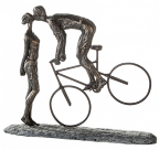 Skulptura - Kiss Me, bronze, grey