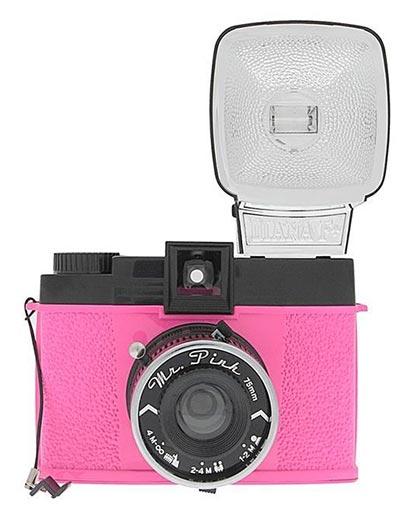 Analogni foto-aparat - Lomo, Diana F+, Mr. Pink