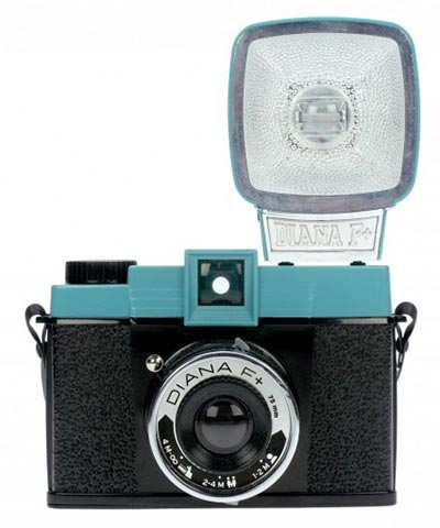 Analogni foto-aparat - Lomo, Diana F+