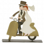 Figura - Bridal pair on Vespa