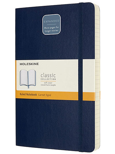 Moleskine - Classic Notebook Expanded, Ruled Notebook, Soft Cover and Elastic Closure, Colour Sapphire Blue