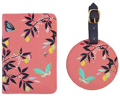 Set futrola za pasoš i tag za kofer - Coral Birds, Sara Miller